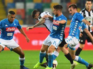 Berita Sport - Napoli Dekati Juventus Usai Bungkam Udinese